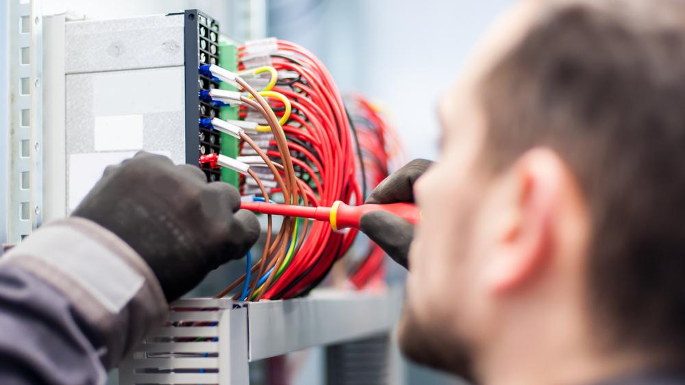 Electrical Services – Cruz Air & Electric | Humble, TX