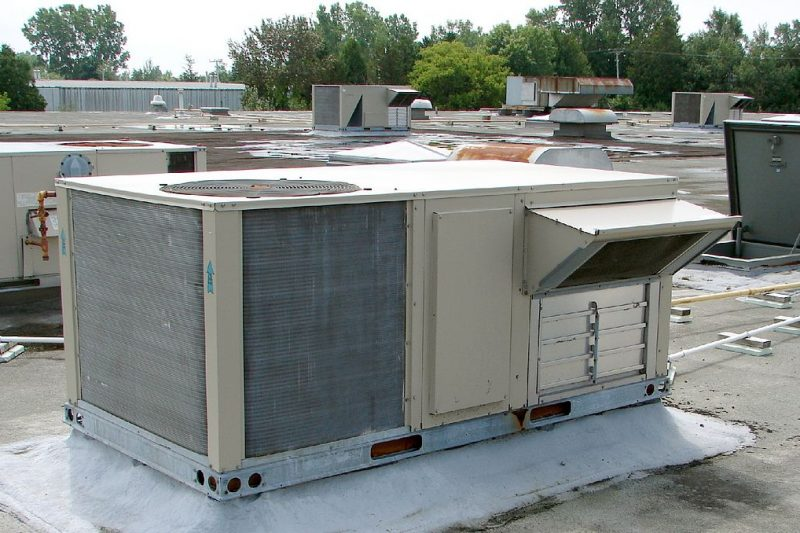 Rooftop commercial ac unit