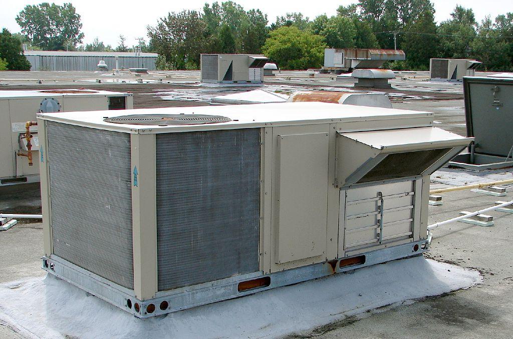 Rooftop commercial ac unit